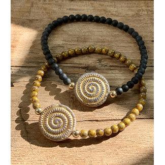 Armband zwart/oker spiraal