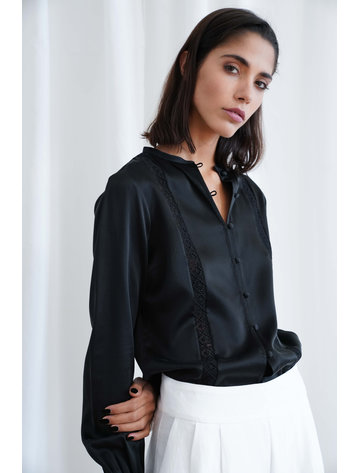 La  Collection Camille Blouse Black