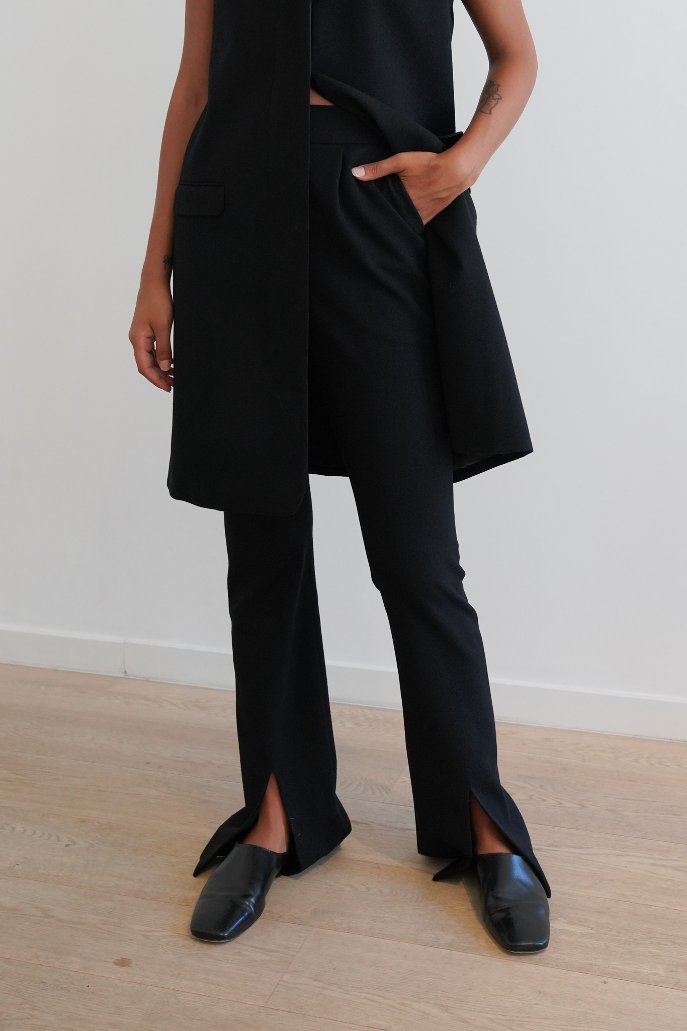 La  Collection Ludovique trousers