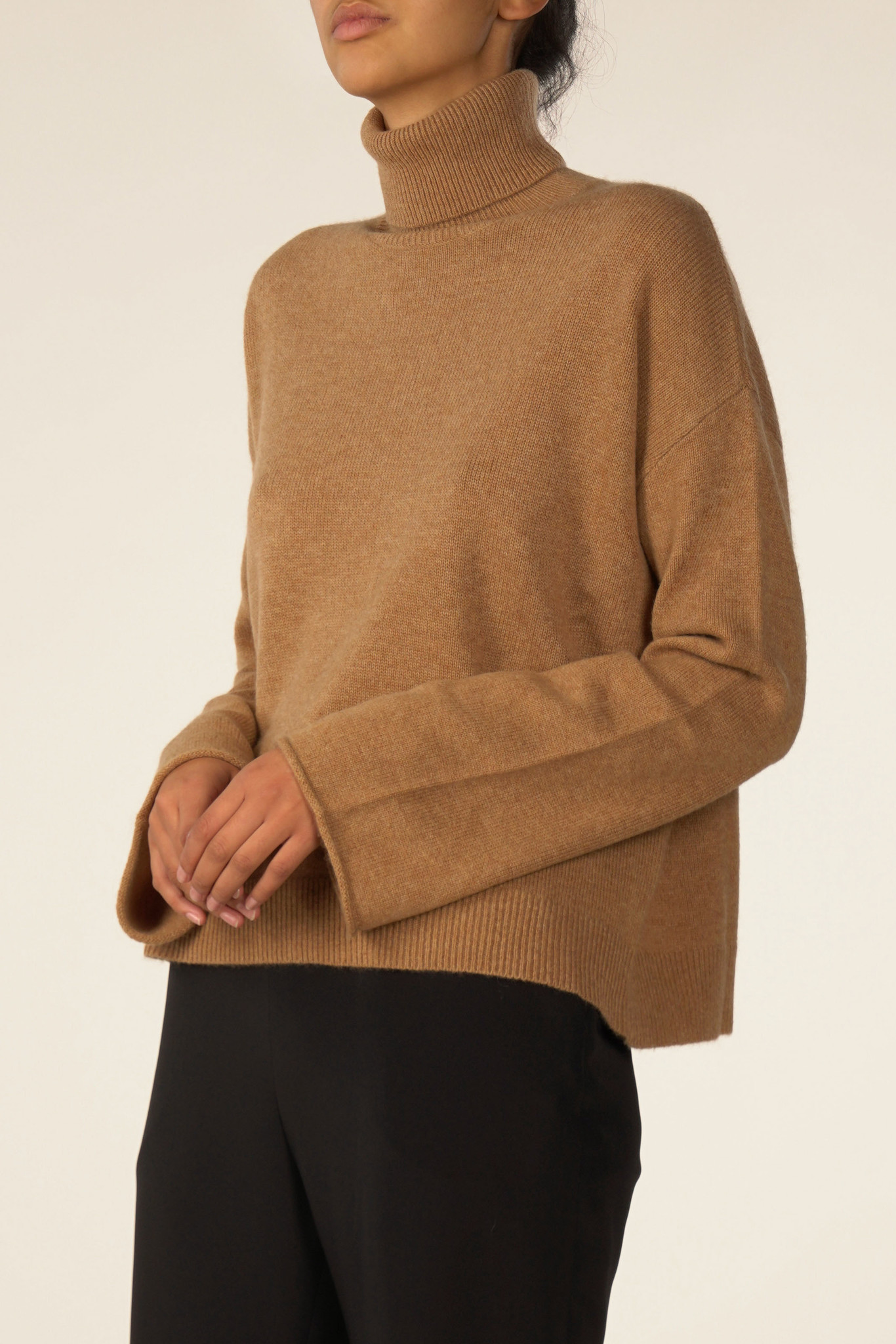La  Collection Alicia Knit