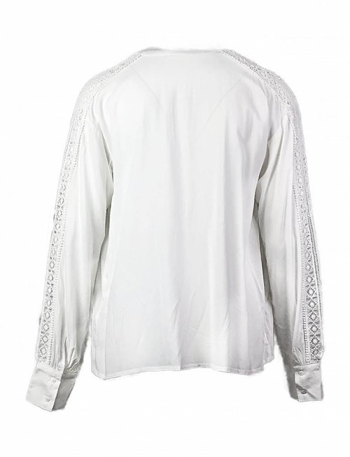 Rut&Circle White Laced Sleeve Blouse
