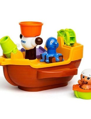 Tomy Tomy Pirate Bath Ship