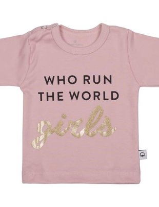 Wooden Buttons Wooden Buttons T-shirt Who Run The World Girls