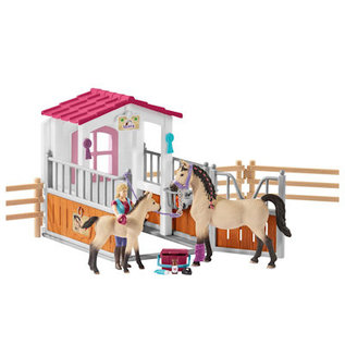 Schleich Paardenbox met paarden en verzorgset