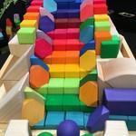 Houten blokken en bouwen