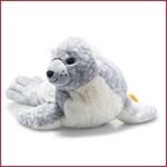 Steiff Soft Cuddly Friend Aila Zeehond