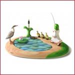 Bumbu Toys Houten vijverset met 7 figuren zonder meisje