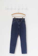 . NORA JEANS