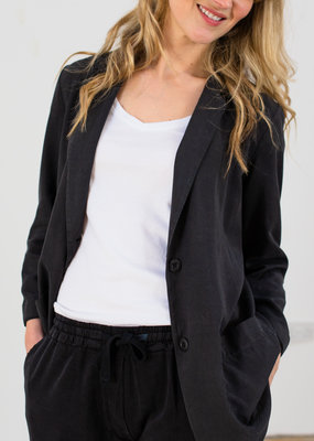 NEWELL  FLUID SUIT JACKET