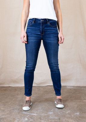 . PETRA SKINNY JEANS