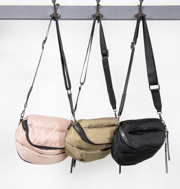 Busby & Fox QUILTED PUFFA CROSSBODY BAG · Colours