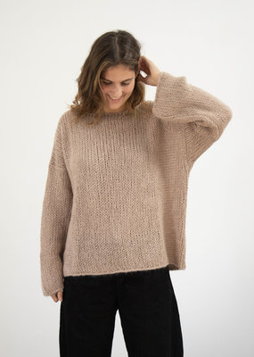 Emma Vowles DEMPSEY SPARKLE CHUNKY KNIT ROUND-NECK SWEATER · Colours