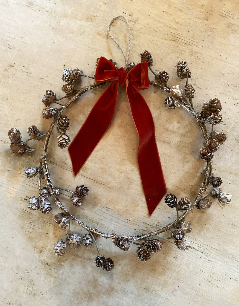 Busby & Fox FROSTED CONE WREATH