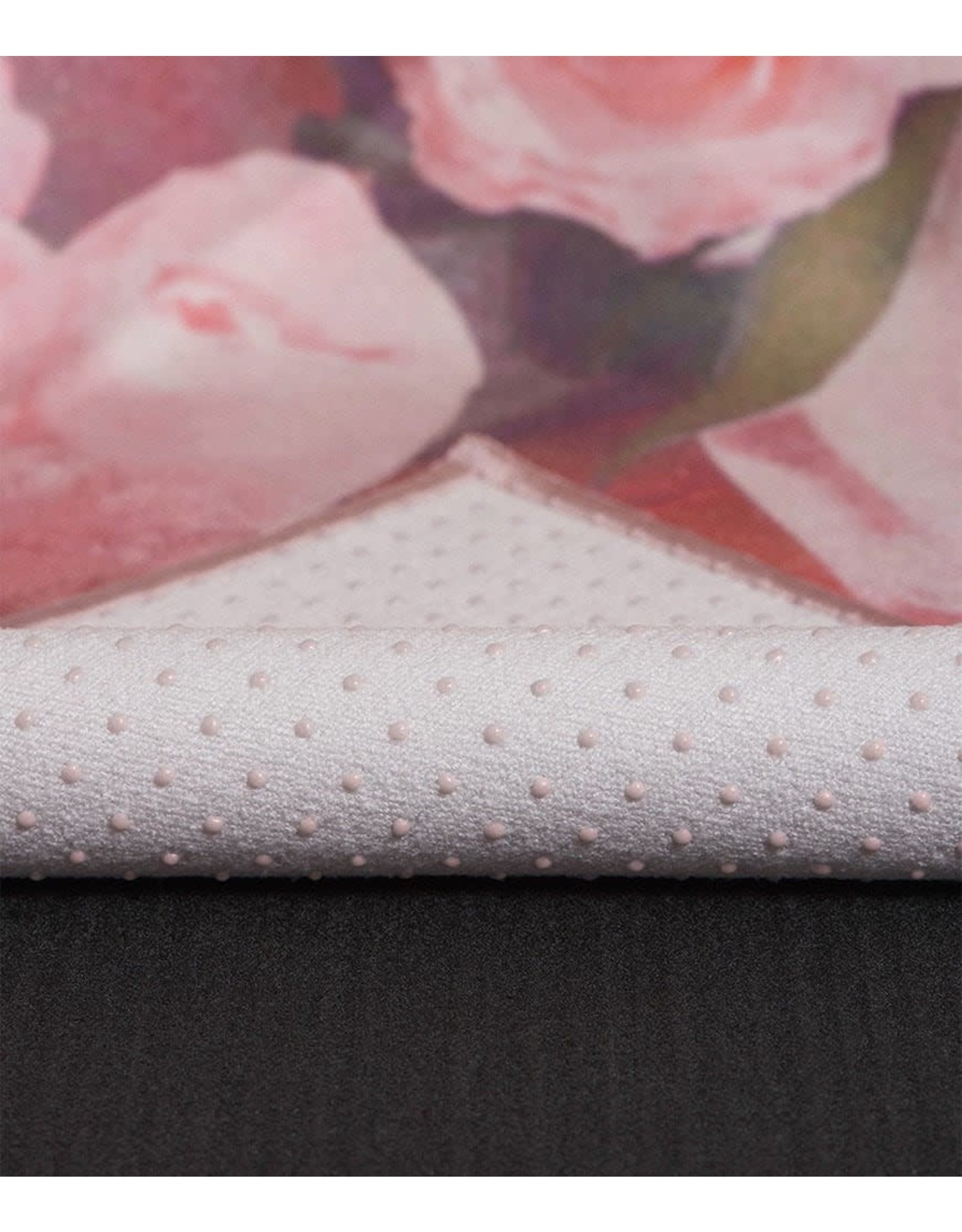 Manduka Yogitoes towel-Perspective