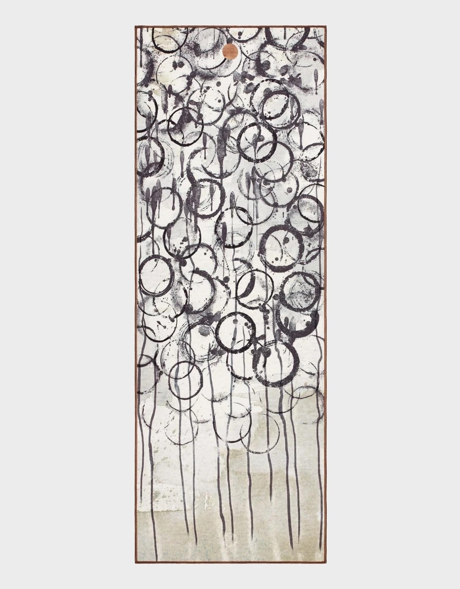 Manduka Yogitoes towel - Enso Ink
