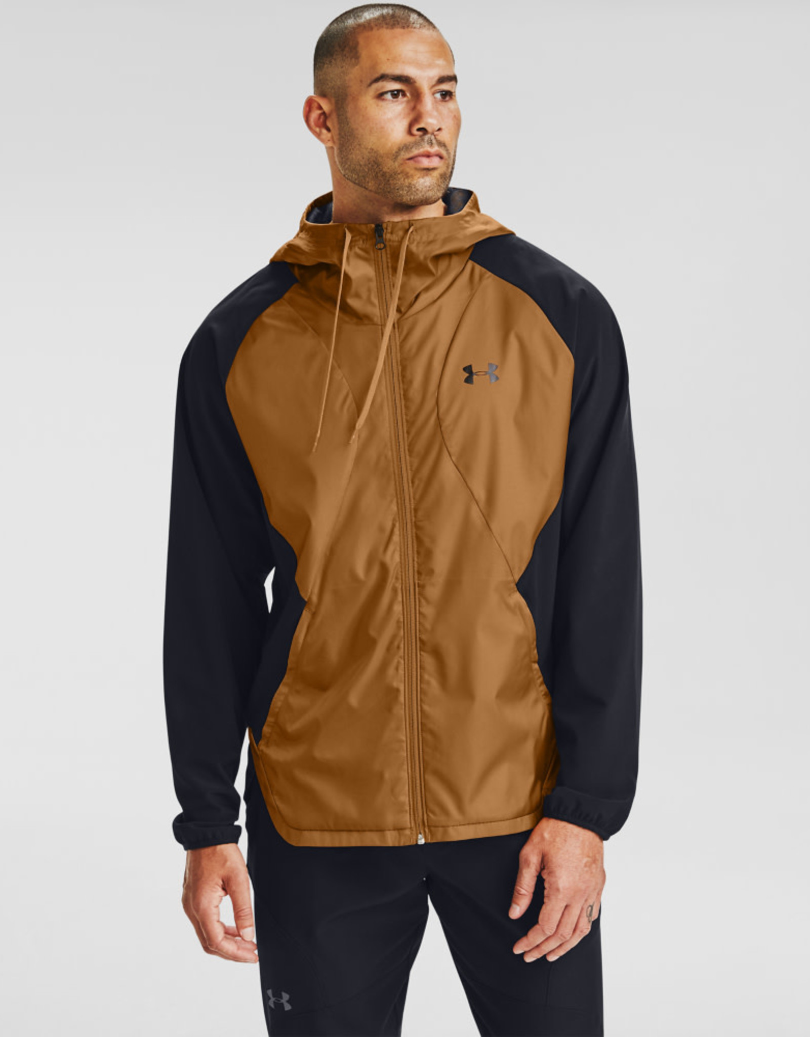 Under Armour STRETCH-WOVEN HOODED JACKET - Black-Yellow Ochre-Black