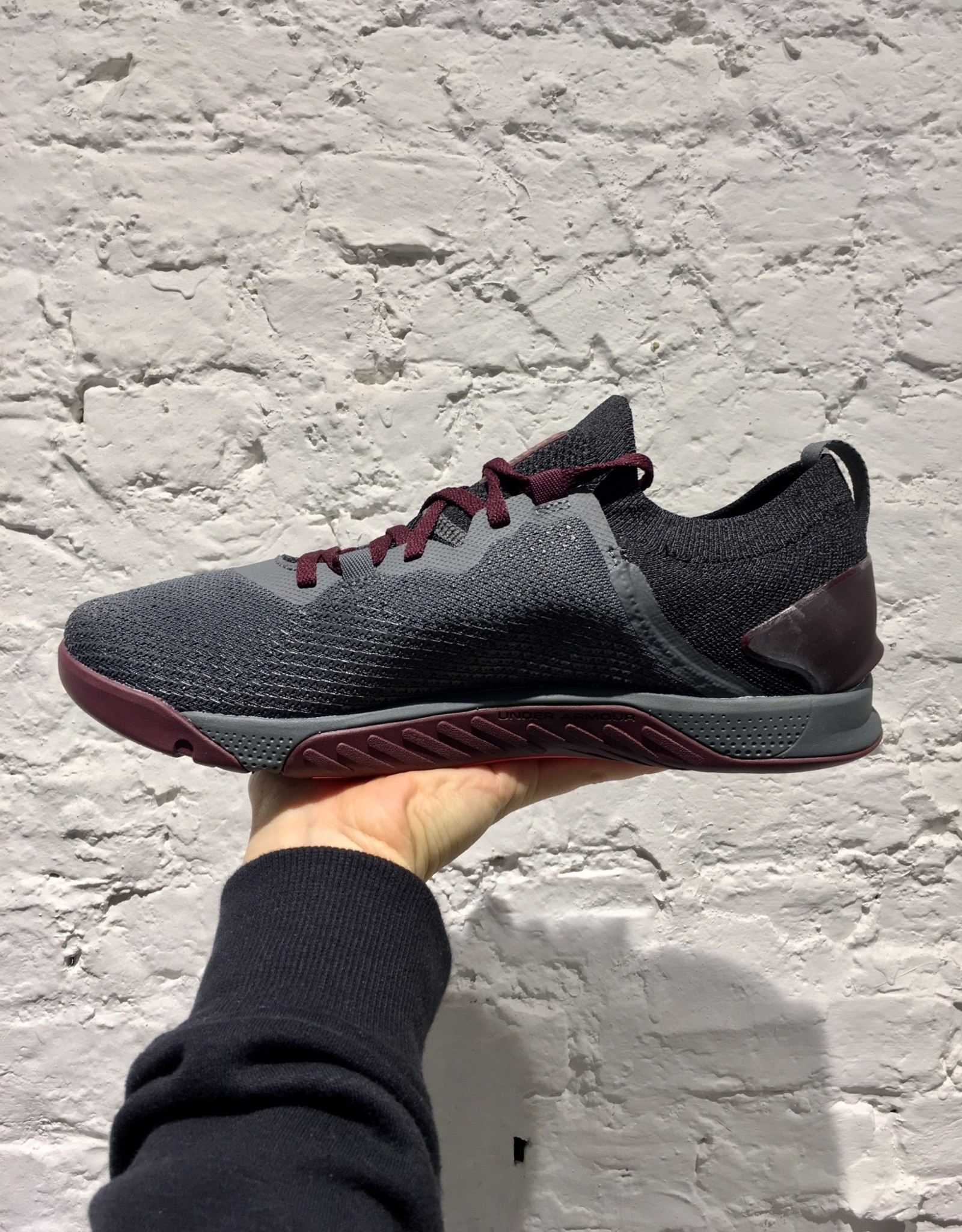 Under Armour UA TriBase Reign 3-GRY