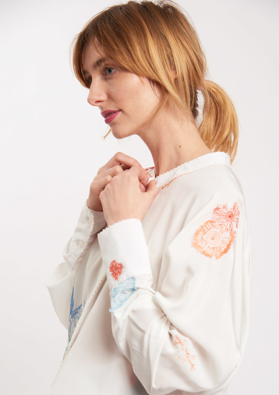 EMBROIDERED SILK BLOUSE - COLORFUL ON MILK-1