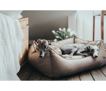 Hunter Dog Bed Livingstone Brown