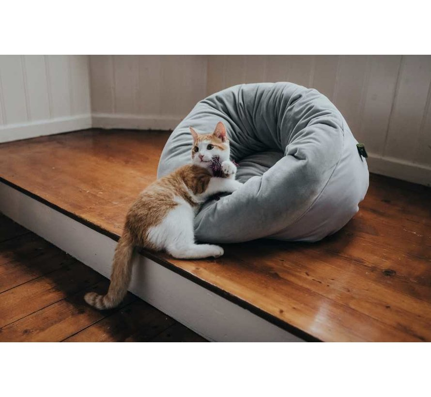 Cat Bed Miranda Grey