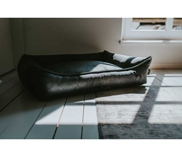 Hunter Dog Bed Faux Leather Bologna Black