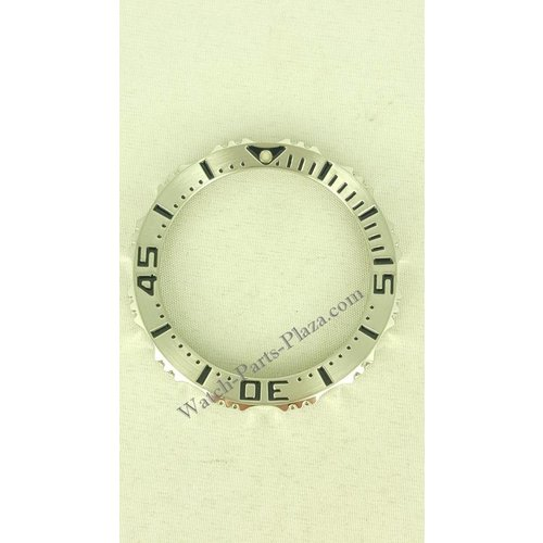 Seiko Bisel de acero Seiko SRP637 4R36-03Z0