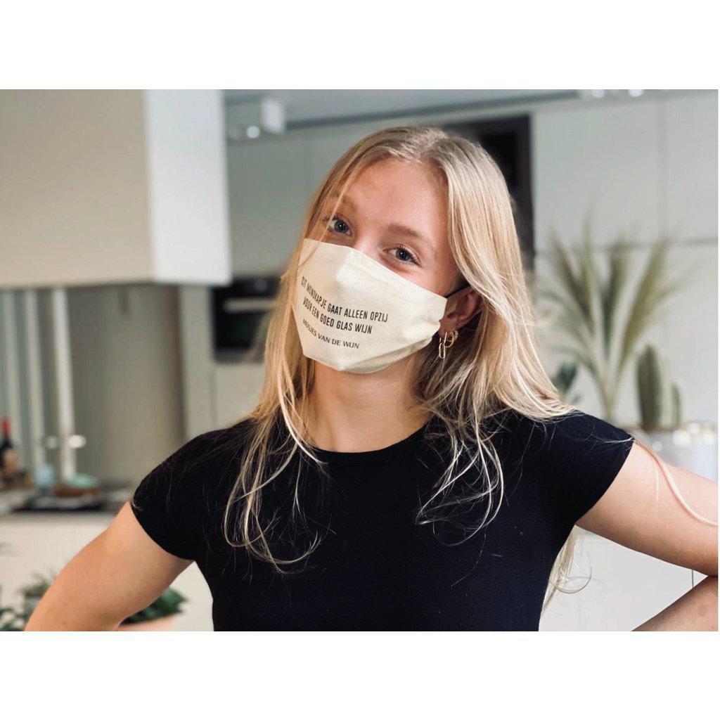 MvdW Mouth Mask - Dit mondkapje gaat alleen opzij voor een goed glas wijn