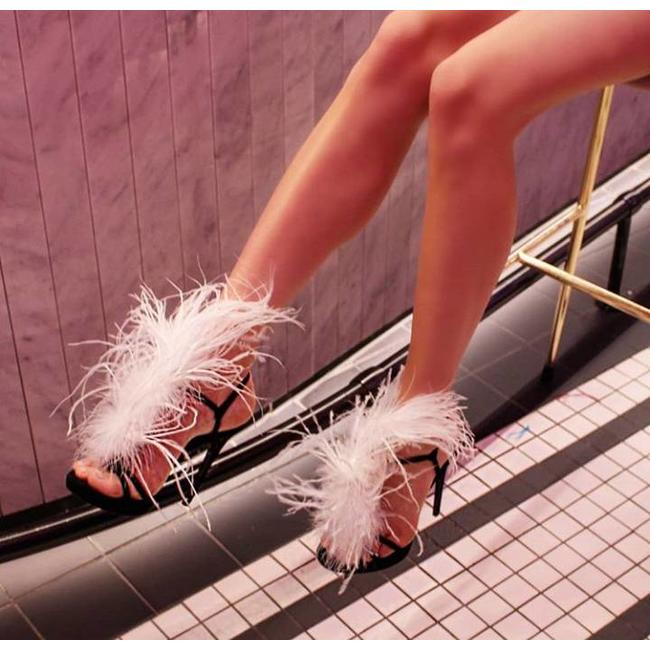 The Murla Feather Sandals