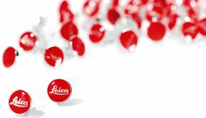 Leica Leica Pin Red