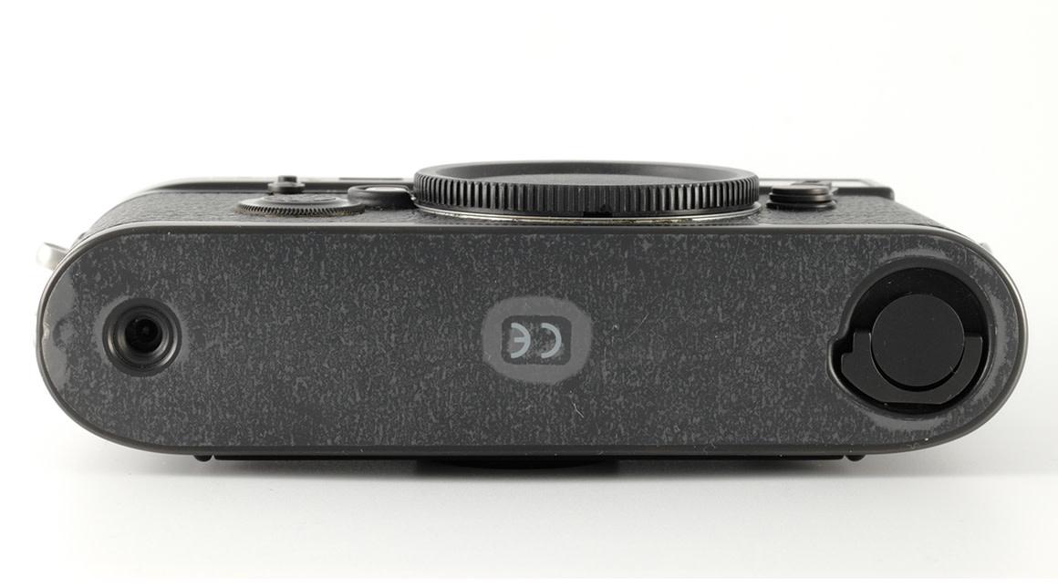 Leica M6, black, Used, sn: 2415031
