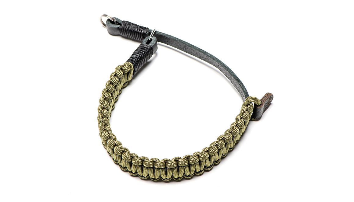 Leica paracord handstrap created by Cooph, black/olive