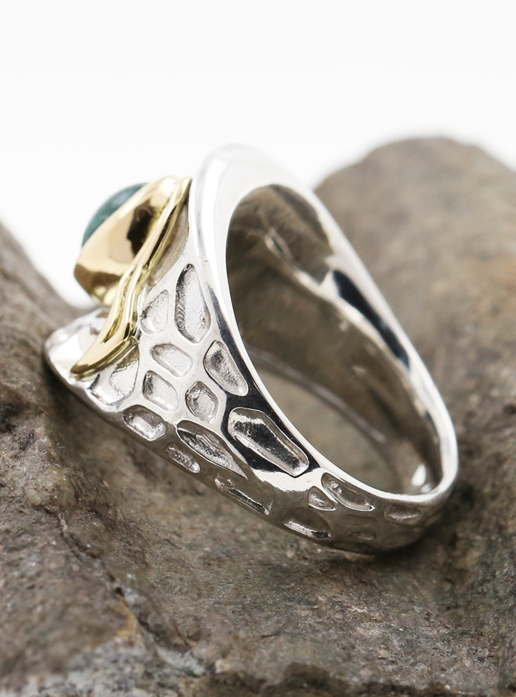 Sheherazade: Ring aus 925er Silber, 750er Gelbgold und Smaragd