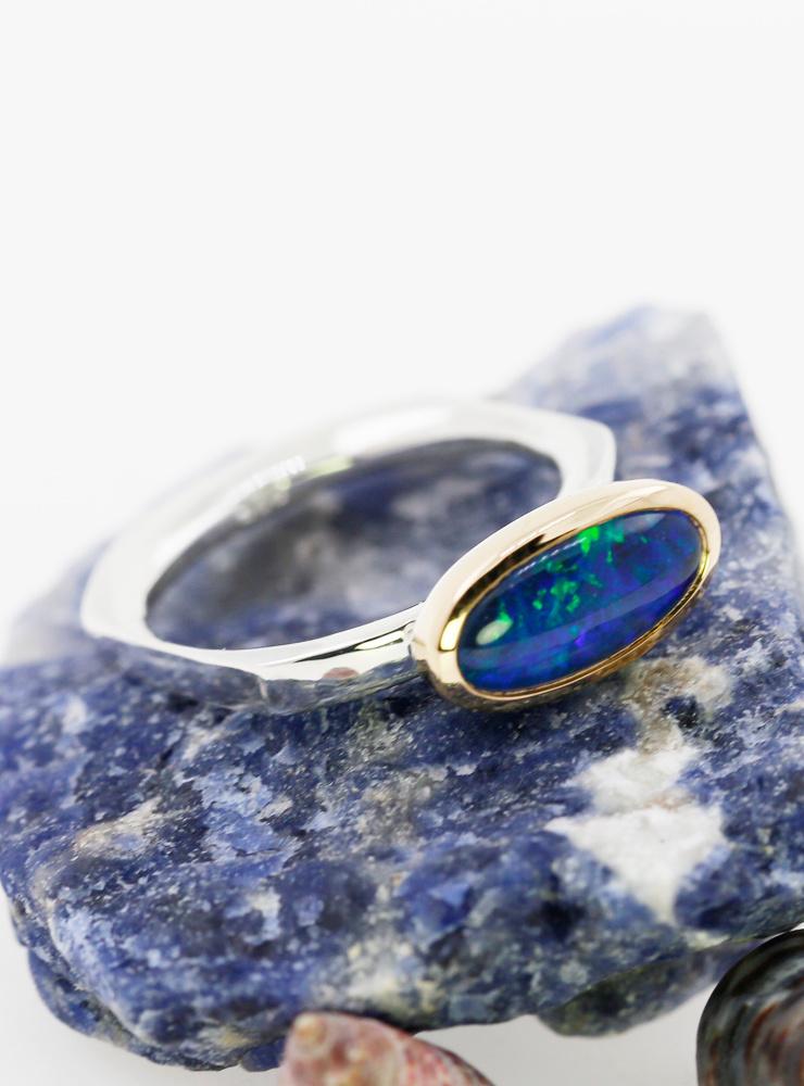 Quadro: Ring aus 925er Silber, 750er Gelbgold und Opaltriplette