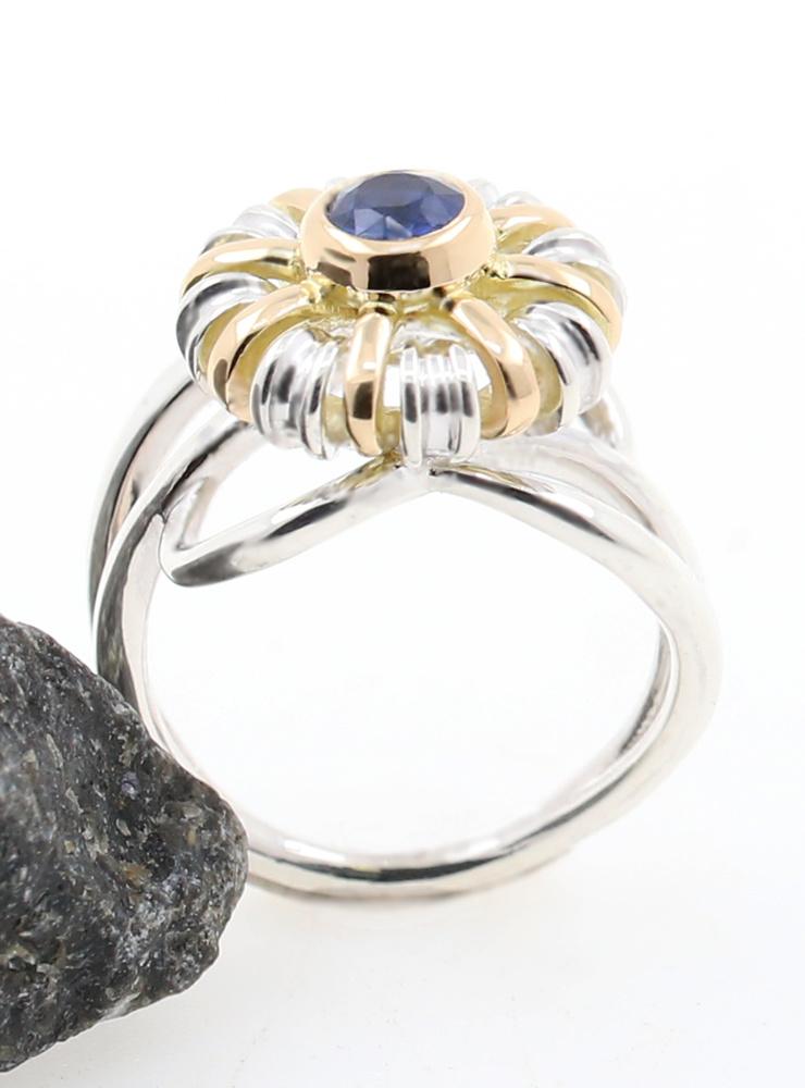 Sultan: Außergewöhnlicher Bicolorring aus 925er Silber, 750er Gelbgold, Kyanit