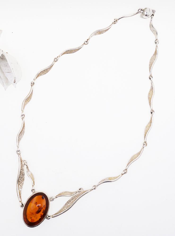 Elegantes Collier aus 925er Silber und Bernstein Cabochon Art . 170
