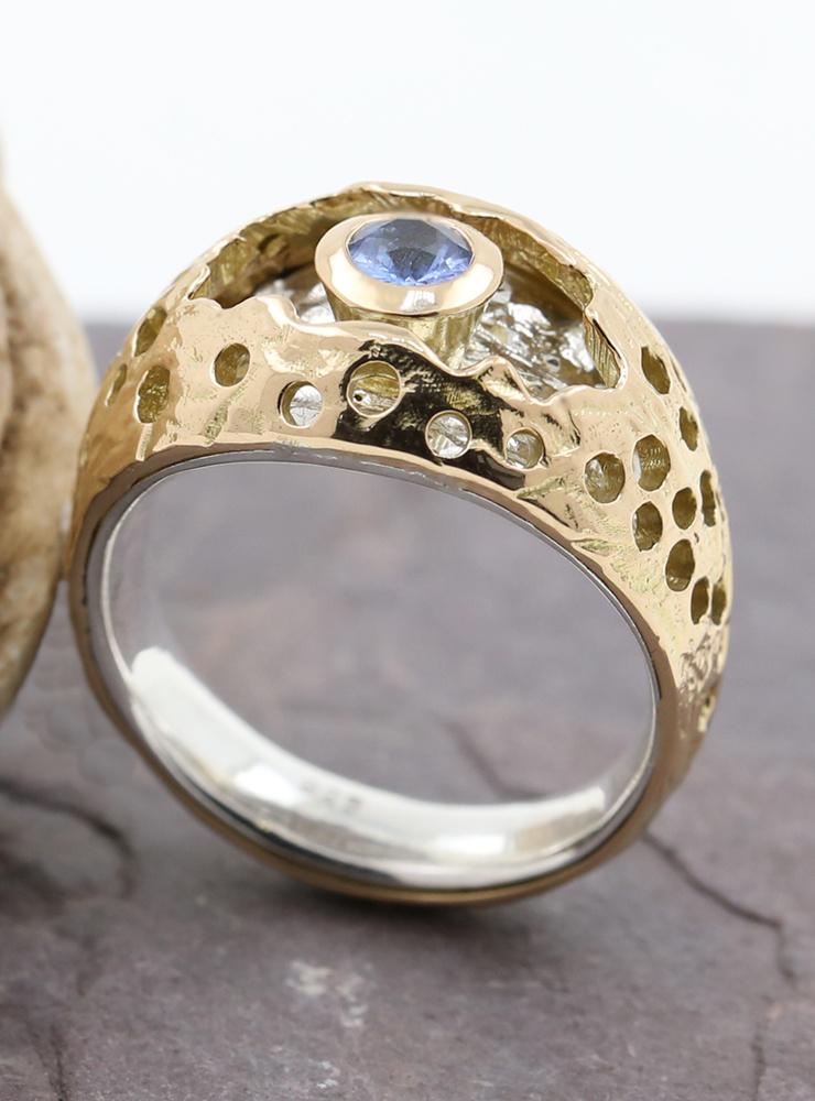Diva: Bicolor Ring aus 750er Gelbgold, 925er Silber, Saphir