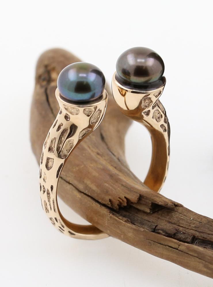Ring Kandelaber Gold schwarze Perle