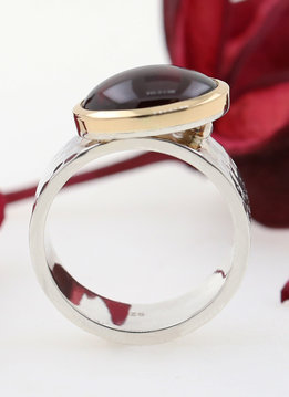 "Ring ""New Creations"" Bicolor Granat"