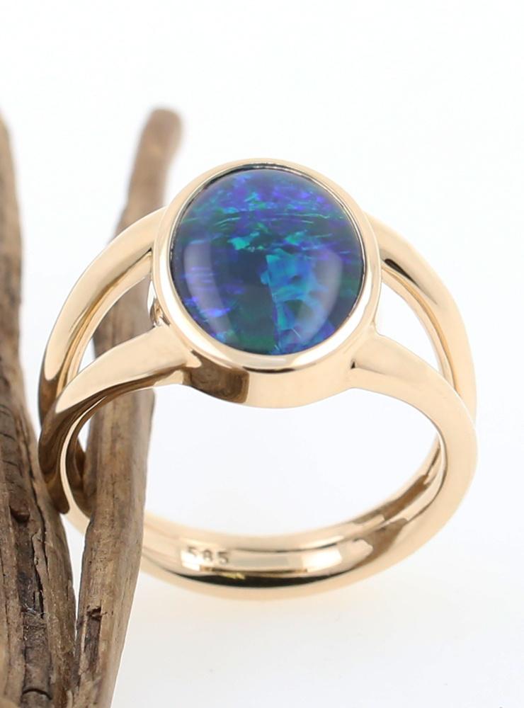 Ring Juno Gold Opaltriplette
