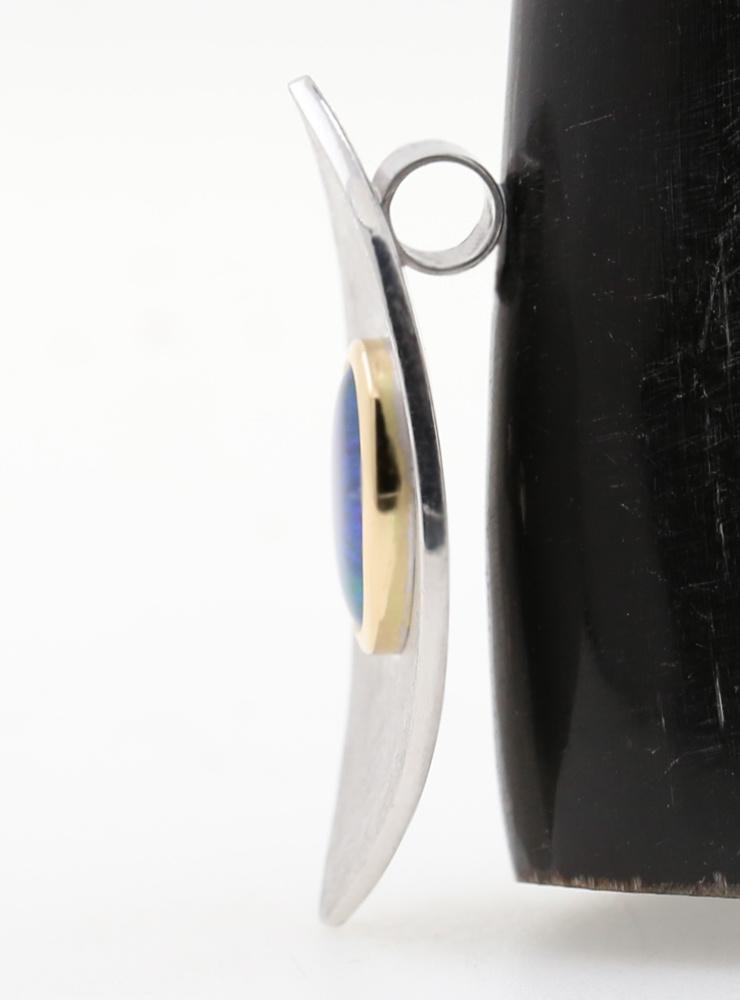 Navette: Handgemachter Anhänger aus 925er Silber, 750er Gelbgold und Opaltriplette