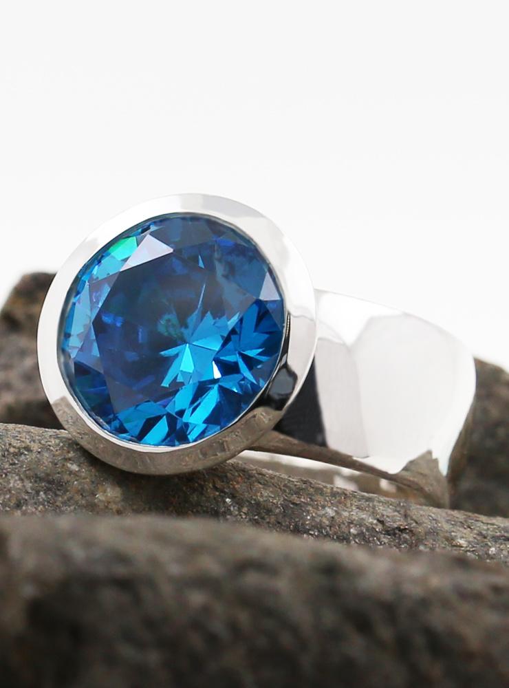 Ring Prunkstück Türkisblau