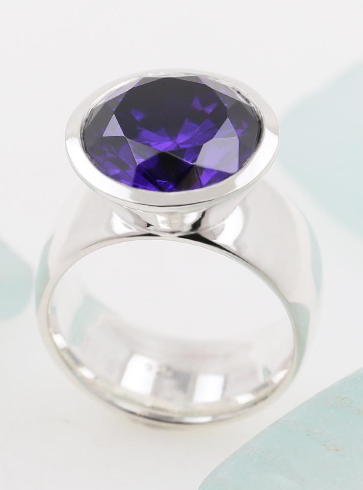 Ring Prunkstück Dunkelviolett