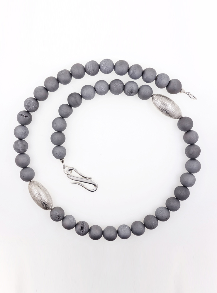 Elegante Halskette aus Geoden-Achat und Silber