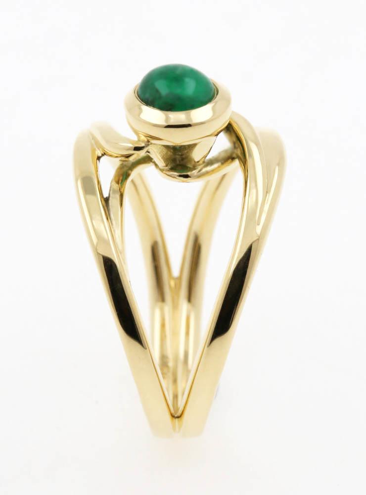 Sarabande: Ring aus 750er Gelbgold und Smaragd 0,65 ct.
