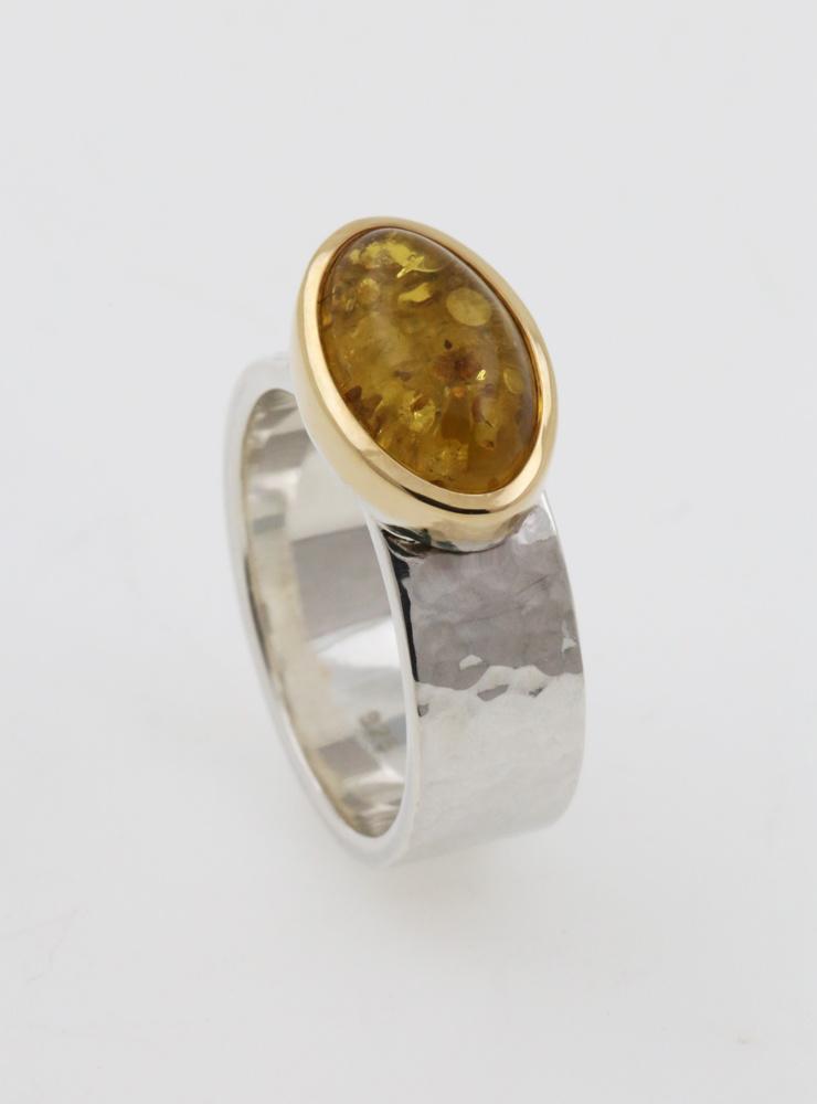 """""""New Creations"""" Ring aus 925er Silber, 750er Gelbgold und Bernstein"""