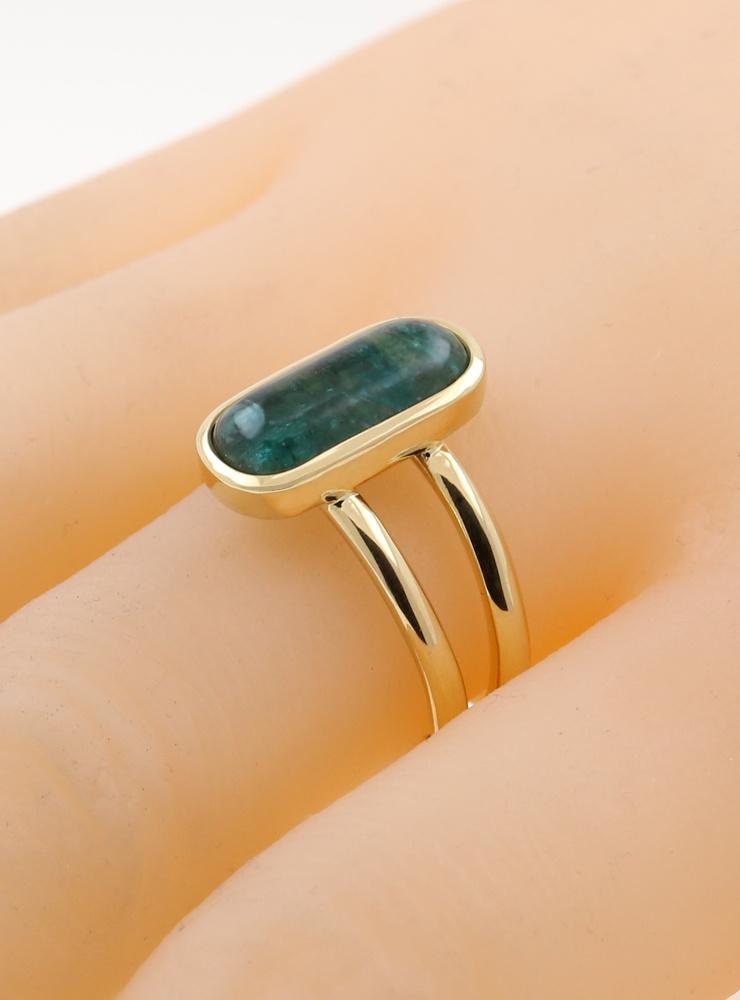 Sense and Sensibility: Ring aus 750er Gelbgold und Smaragd 4,1 ct.
