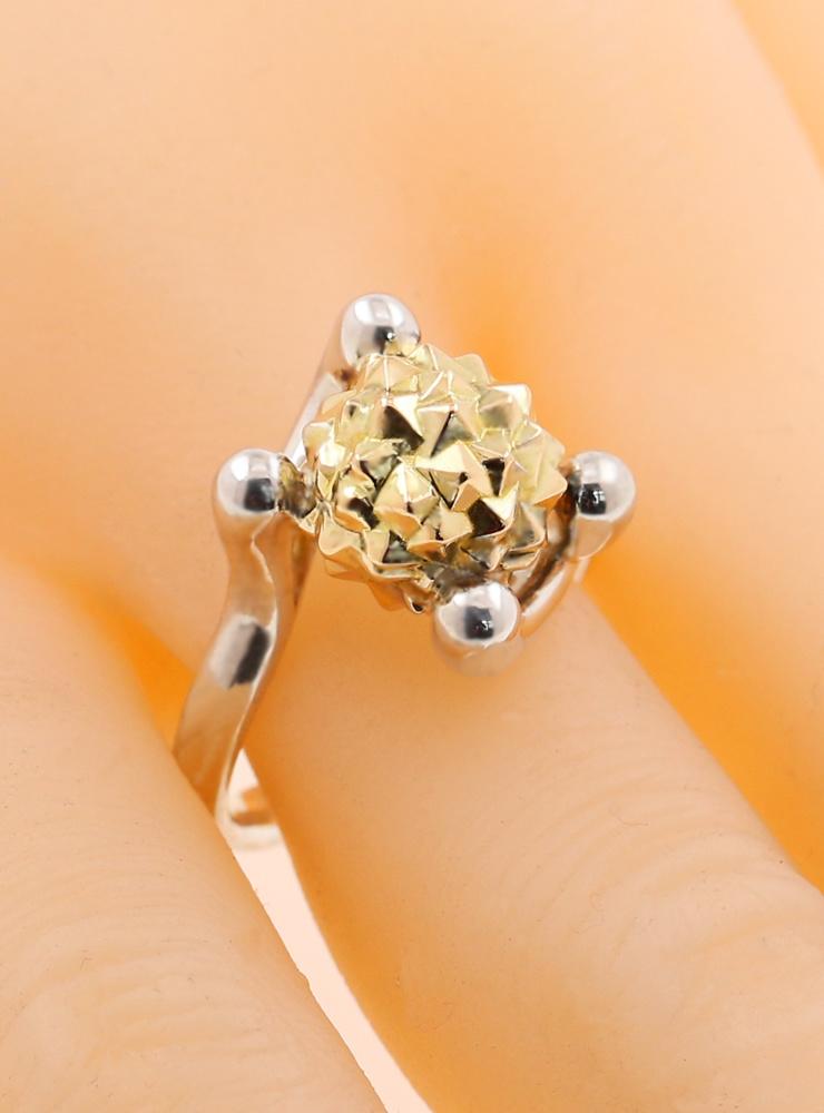Morgenstern: extravaganter Ring aus 925er Silber und 750er Gelbgold