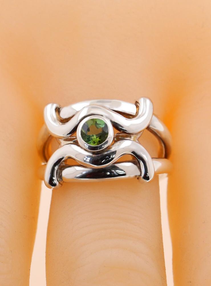 Ariane: Ring aus 925er Silber, Peridot 4 mm