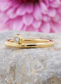 "Ring ""Ringlein 2"" Gold Diamant"