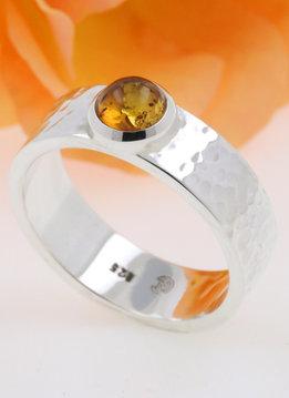 Ring Hammerschlag Silber Bernstein
